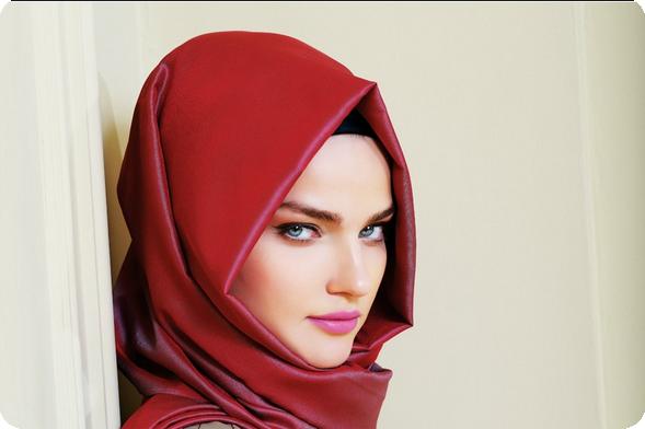 Sekretaris ku memilih hijab kantor sesuai bentuk wajah sekretaris ku Fashion style hijab kantor