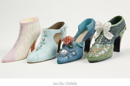 sepatu-aksesoris-fashion