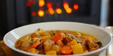 Musim Hujan dengan Makanan Membantu